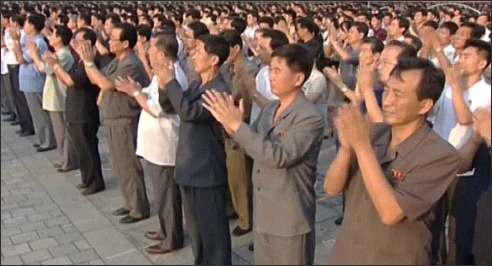 N Korea-audience applauding