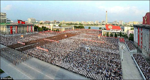 N Korea-mass crowds