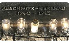 Auschwitz plaque